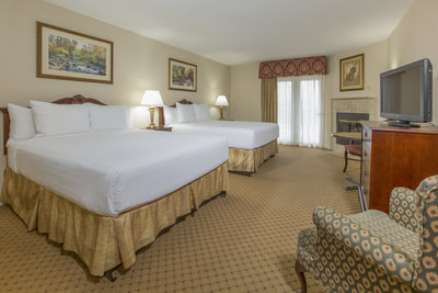Queen Room | Hotels in Pigeon Forge | Music Road Resort Inn