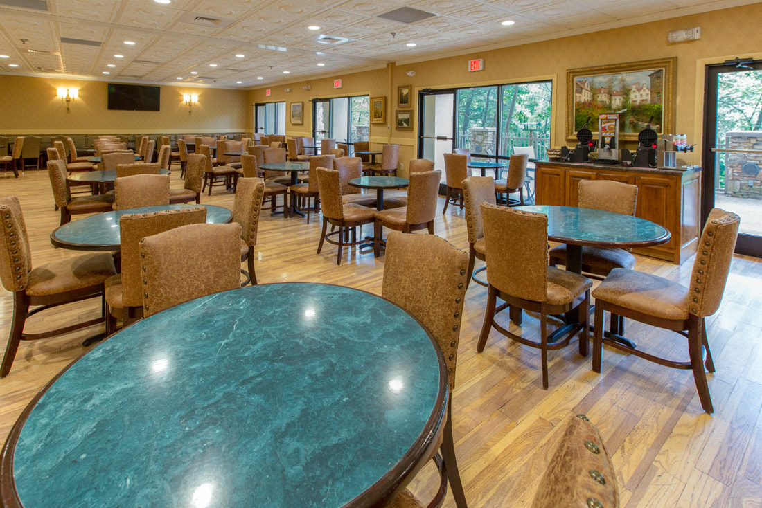 King Suite Music Road Resort Hotel Breakfast room at Music Road Resort Hotel