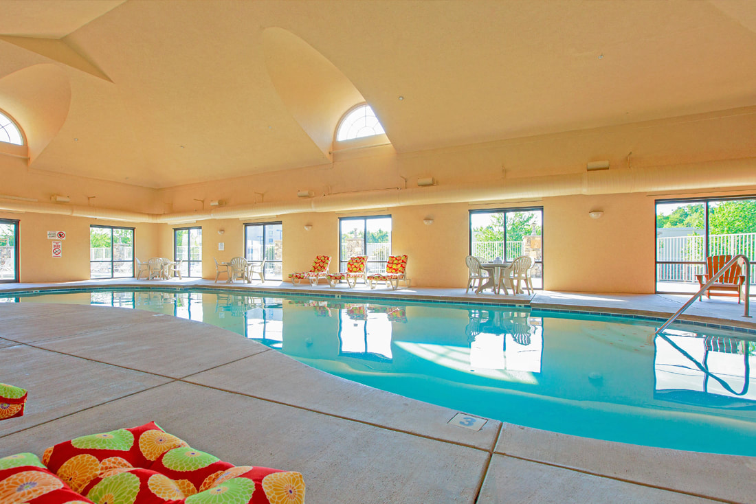 Heated indoor pool at Music Road Resort Inn